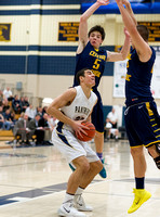 Basketball-Boys_Pgh Central Catholic at Franklin Regional_20140117-KR3_5994