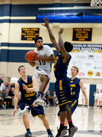Basketball-Boys_Pgh Central Catholic at Franklin Regional_20140117-KR3_6065
