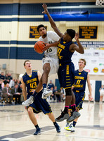 Basketball-Boys_Pgh Central Catholic at Franklin Regional_20140117-KR3_6066