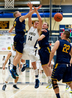 Basketball-Boys_Pgh Central Catholic at Franklin Regional_20140117-KR3_6009