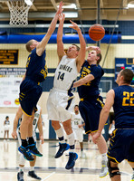 Basketball-Boys_Pgh Central Catholic at Franklin Regional_20140117-KR3_6008